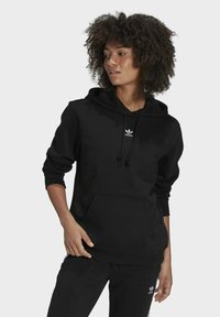 adidas Originals - ORIGINALS ADICOLOR SWEATSHIRT HOODIE - Bluza z kapturem - black - 0
