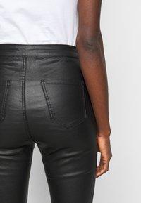 Missguided Tall - SPLIT HEM VICE WITH ZIPS - Jeans straight leg - black - 4