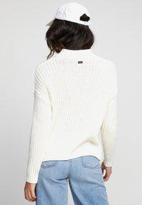 RVCA - ARABELLA - Pullover - off white - 1