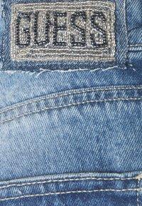 Guess - HOLLY ZIP SHORT - Denim shorts - riky - 2