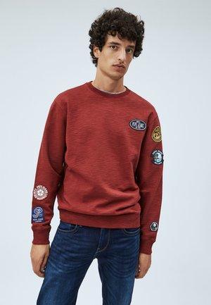 ISIDRO - Sweater - merlot