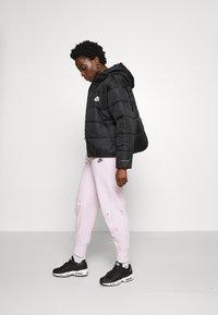 Nike Sportswear - CLASSIC - Winter jacket - black/white - 4