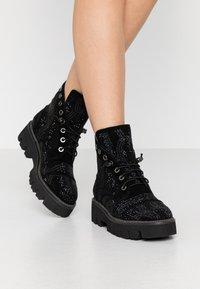 Alma en Pena - Platform ankle boots - black - 0