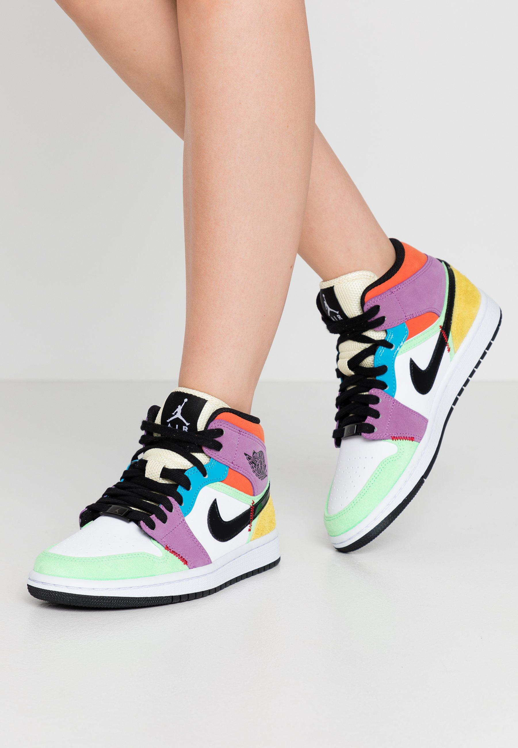 AIR 1 MID - Sneakers hoog - white/black/lightbulb/team  orange/purple/illusion green