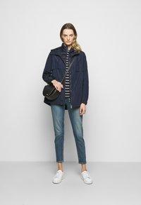 Lauren Ralph Lauren - MEMORY VEST 2 IN 1 ANORAK - Short coat - navy - 1