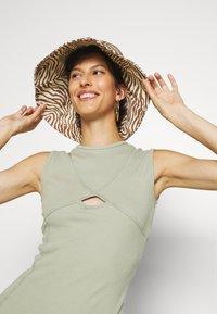 Missguided Tall - DRESS - Maxi dress - sage - 3