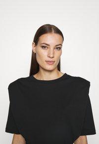 Selected Femme - SLFOLINE PADDED TEE  - Print T-shirt - black - 3