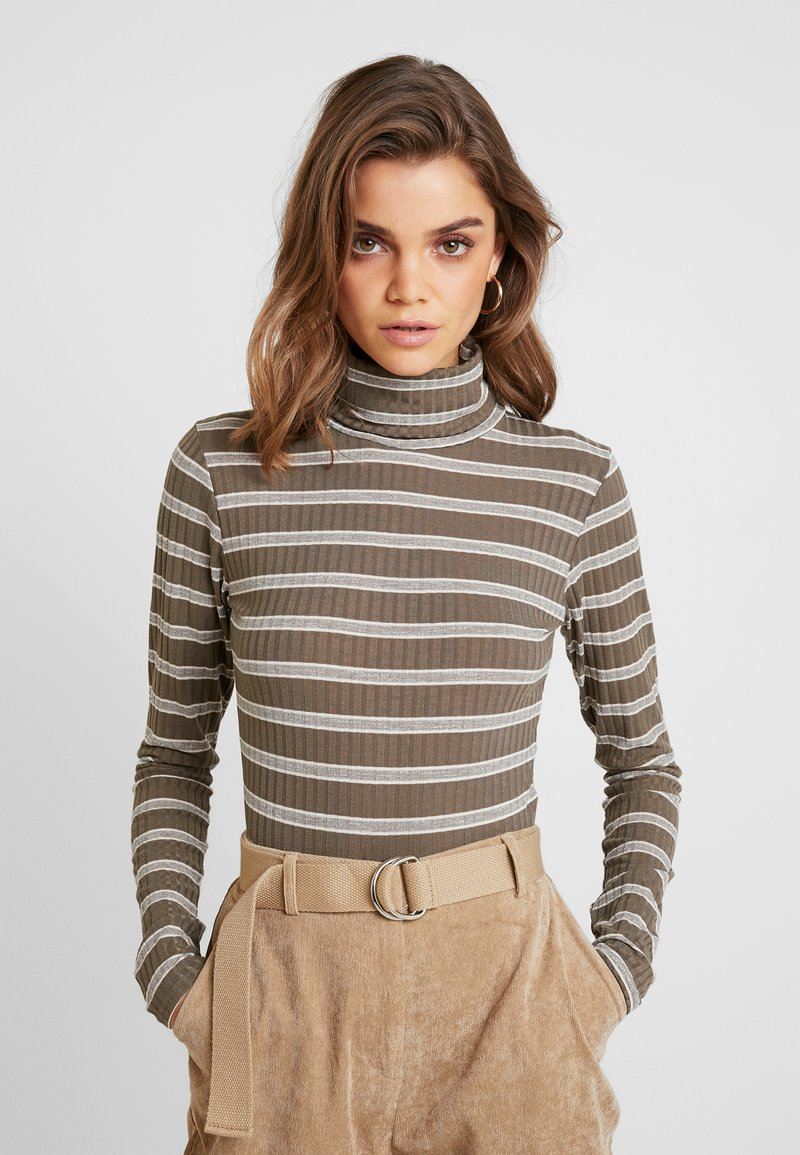 Missguided - PURPOSEFUL STRIPED TURTLE NECK BODYSUIT - Topper langermet - khaki