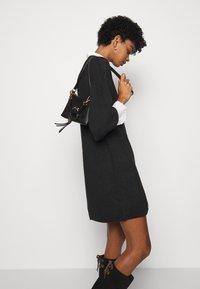 See by Chloé - Pletené šaty - obsidian black - 3