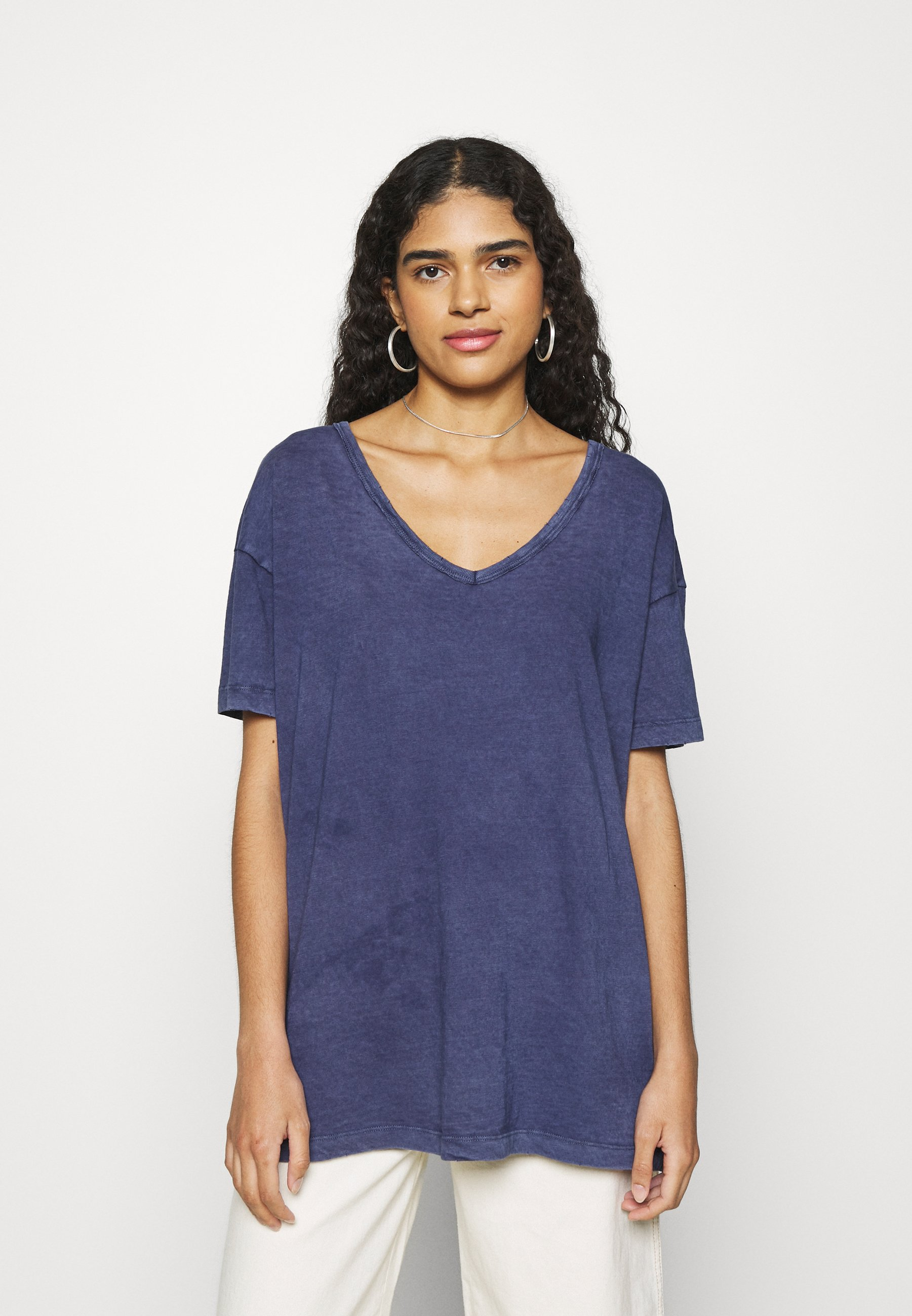 Damen WEB ONLY  V NECK TEE - T-Shirt basic