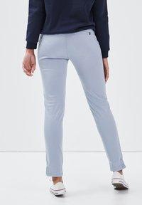 BONOBO Jeans - Pantalones chinos - bleu clair - 2