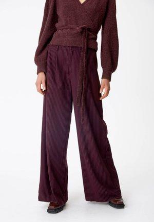 ESIAGZ HW  - Trousers - bordeaux pinstripe