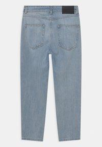 Grunt - STREET LOOSE TREK  - Relaxed fit jeans - stein - 1