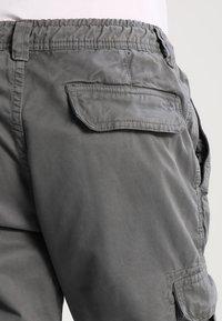 Urban Classics - JOGGING - Cargo trousers - darkgrey - 4