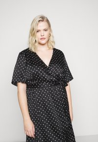 New Look Curves - MARK MAKING - Day dress - black - 4