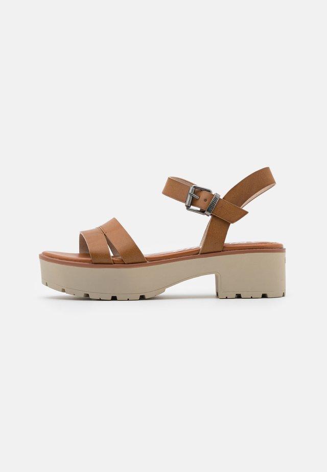 CURIE - Sandalen met plateauzool - brown