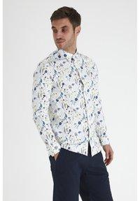 Tailored Originals - Camisa - white - 0