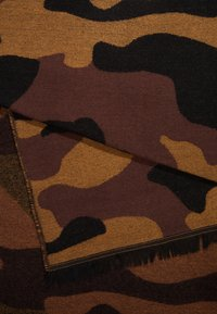 KIOMI - Scarf - brown - 2