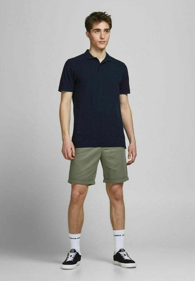 Jack & Jones - 2 PACK - Shorts - dusty olive