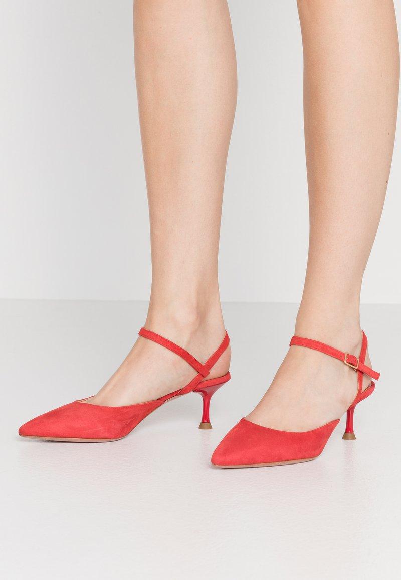Oxitaly - LUCIA - Klasické lodičky - red