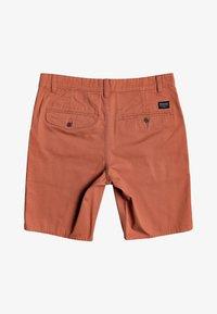 Quiksilver - Shorts - redwood - 1