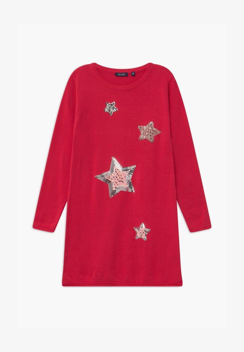 Blue Seven - KIDS SEQUIN STARS - Gebreide jurk - hochrot