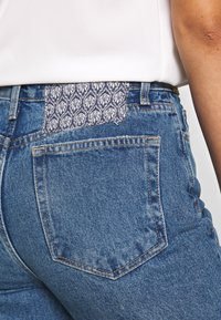 Free People - POPPY PATCH - Bootcut jeans - blue - 7