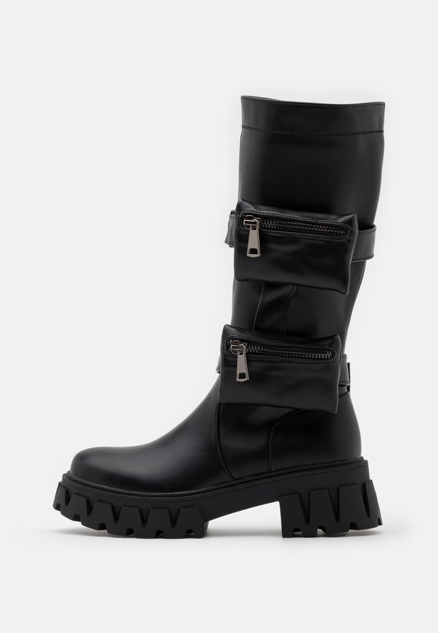 VEGAN MIDNIGHT - Stivali con plateau - black