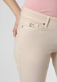 Cambio - PIPER - Slim fit jeans - beige - 2