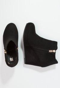 XTI - Ankle boots - black - 2