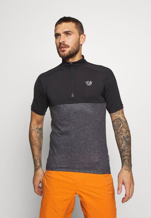 TEE HALF ZIP PAZE - Treningsskjorter - black