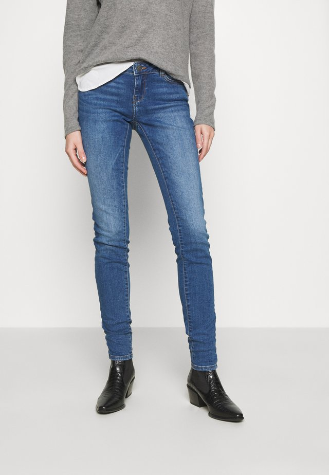 NMEVE SKINNY - Jeans Skinny Fit - medium blue denim