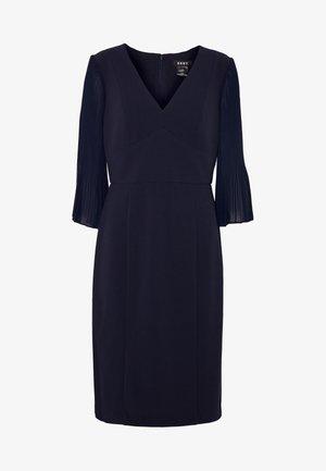 PLEATED SLEEVE V-NECK SHEATH - Pouzdrové šaty - midnight