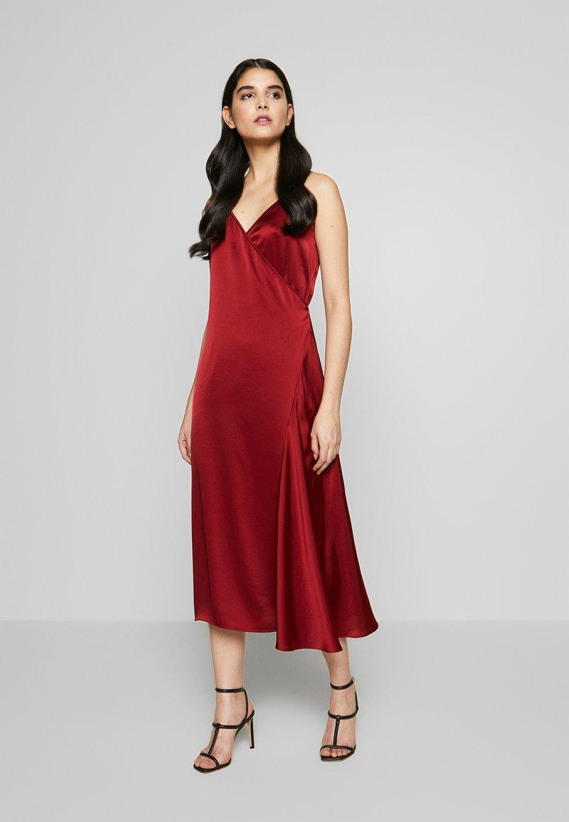 Filippa K - CALLIE DRESS - Koktejlové šaty/ šaty na párty - pure red