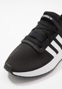 adidas Originals - U_PATH RUN - Trainers - core black/footwear white/shock red - 2