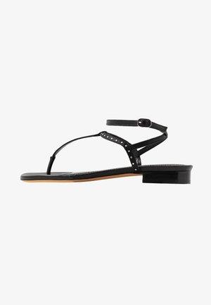 LILAS - Sandály s odděleným palcem - black