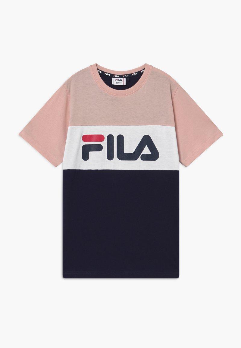 Fila - MARINA BLOCKED TEE - T-shirts print - black iris/sepia rose/bright white