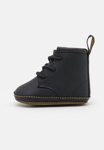 1460 CRIB UNISEX - First shoes - black