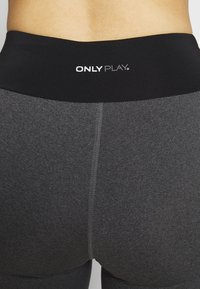 ONLY PLAY Tall - ONPJYNX TRAINING TIGHTS  - Leggings - dark grey melange/black/white gold - 4