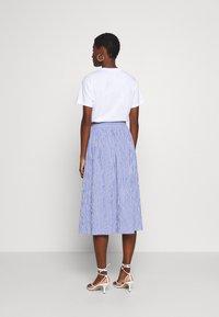 Rich & Royal - MIDI SKIRT STRIPED - A-line skirt - deep indigo - 2