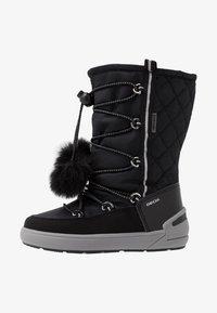 Geox - SLEIGH GIRL ABX - Šněrovací vysoké boty - black - 1