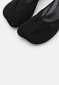 MM6 Maison Margiela - Classic heels - black - 6