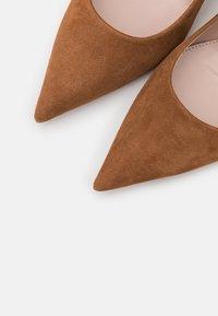 HUGO - INES - Classic heels - beige - 6