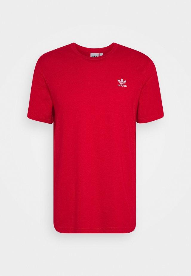 ESSENTIAL TEE UNISEX - T-shirt basic - scarle
