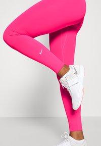 Nike Performance - ONE - Medias - hyper pink/white - 3