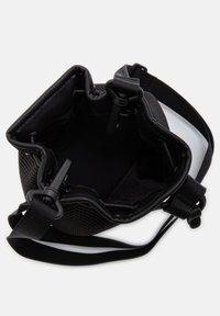 UGG - Across body bag - black - 3
