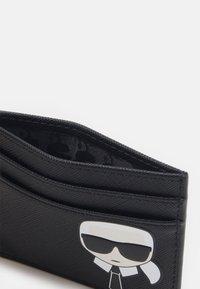 KARL LAGERFELD - IKONIK CLASSIC CARD HOLDER - Peněženka - black - 2