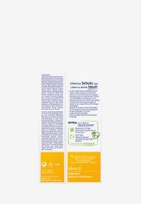 Nivea - UV FACE SHINE CONTROL CREAM - Crema solare - - - 5