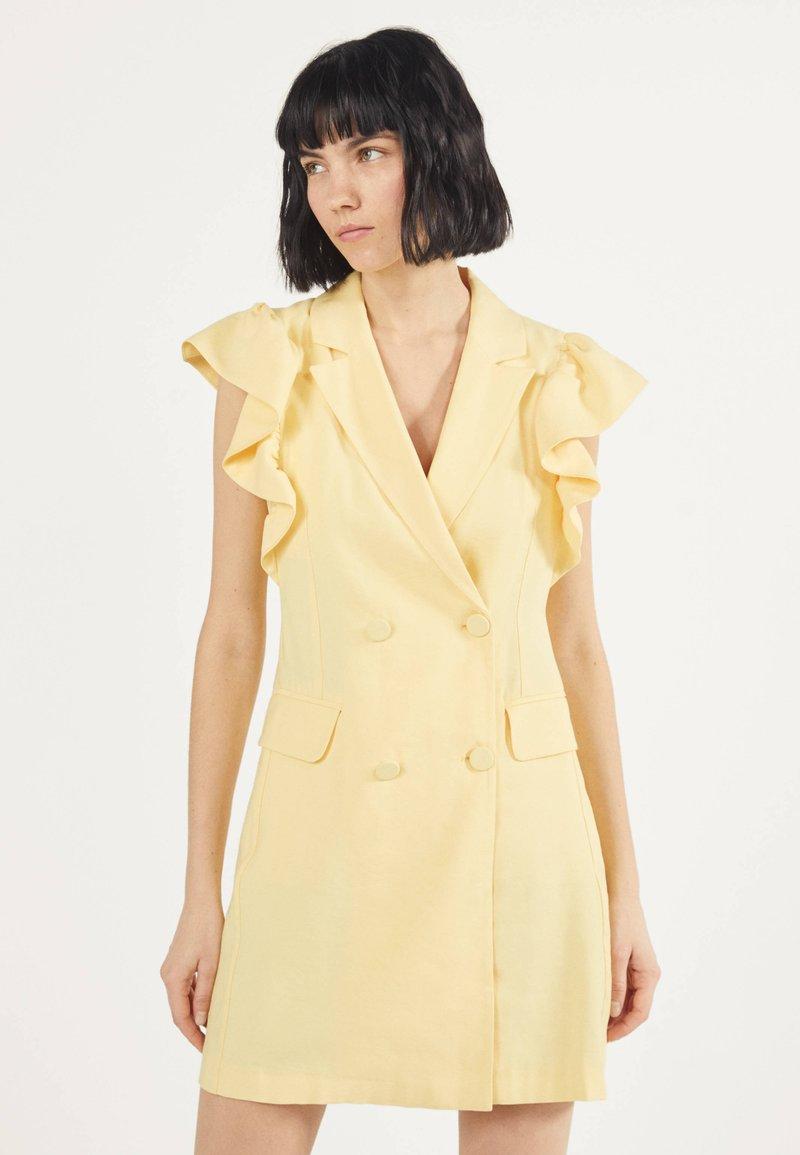 Bershka - MIT VOLANTS 02867168 - Vestito estivo - yellow