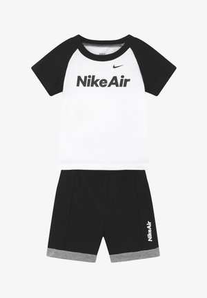 AIR FRENCH BABY SET  - Trousers - black